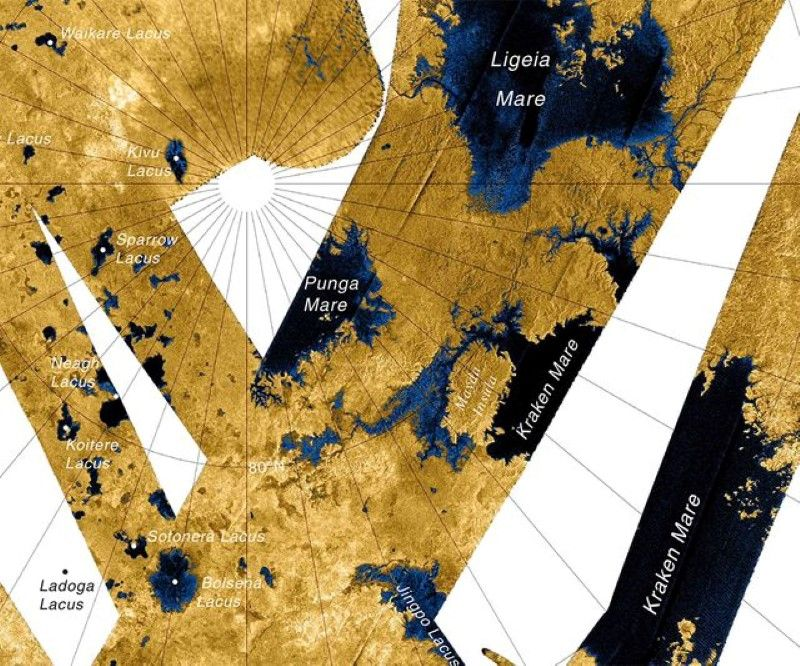 'Ghost' Object Appears, Disappears on Titan