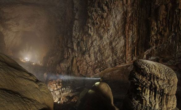 Son Doong cave is World's largest cave, discovered in 2009 23