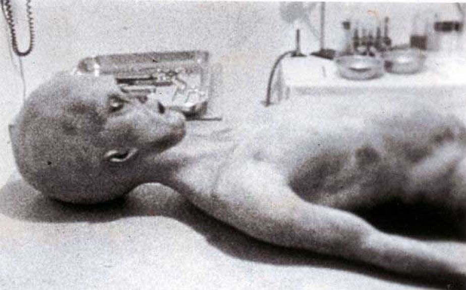 The-Roswell-Incident-610x380