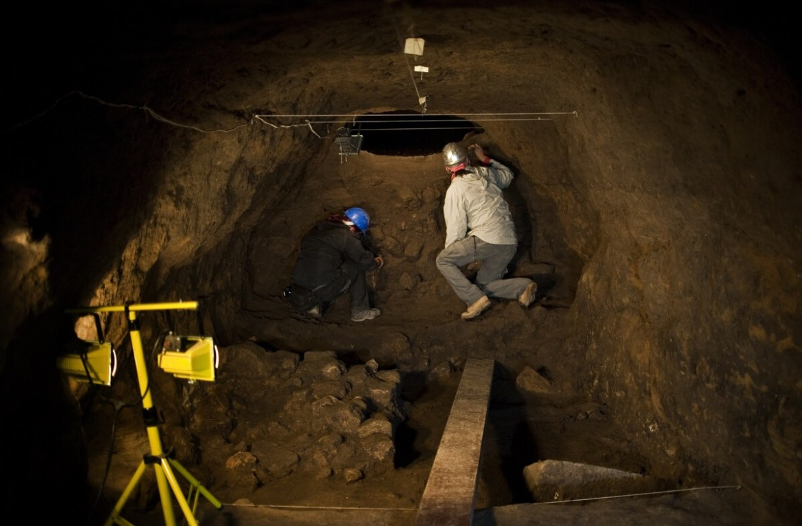 Archaeologists-work-inside-the-tunnel.jpg