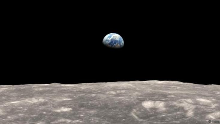 A view of Earth from the moon (Credit: Nasa)