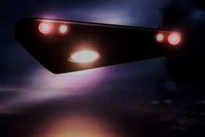 Phoenix Lights skeptic spots huge black triangle in hometown