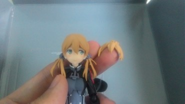 Alternate front hair attached to the figma