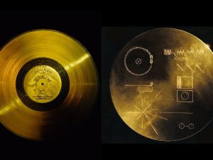 Left, a golden record (© Nasa/National Geographic Society/Corbis). Right, the other side of the golden record shows directions to play it. Identical records carrying the story of Earth were sent into deep space on Voyager 1 and 2. (NASA)