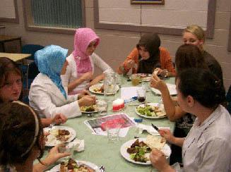 Iftar Bersama Non Muslim