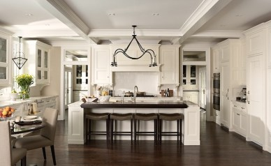 Off-White Transitional Kitchen, Photo Credit: Susan Gilmore
