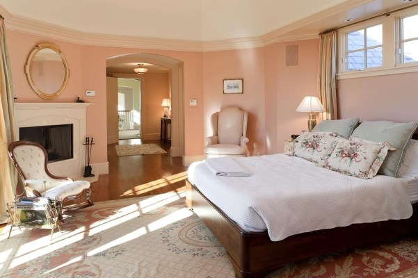 Pantone Rose Quartz Bedroom, Zillow