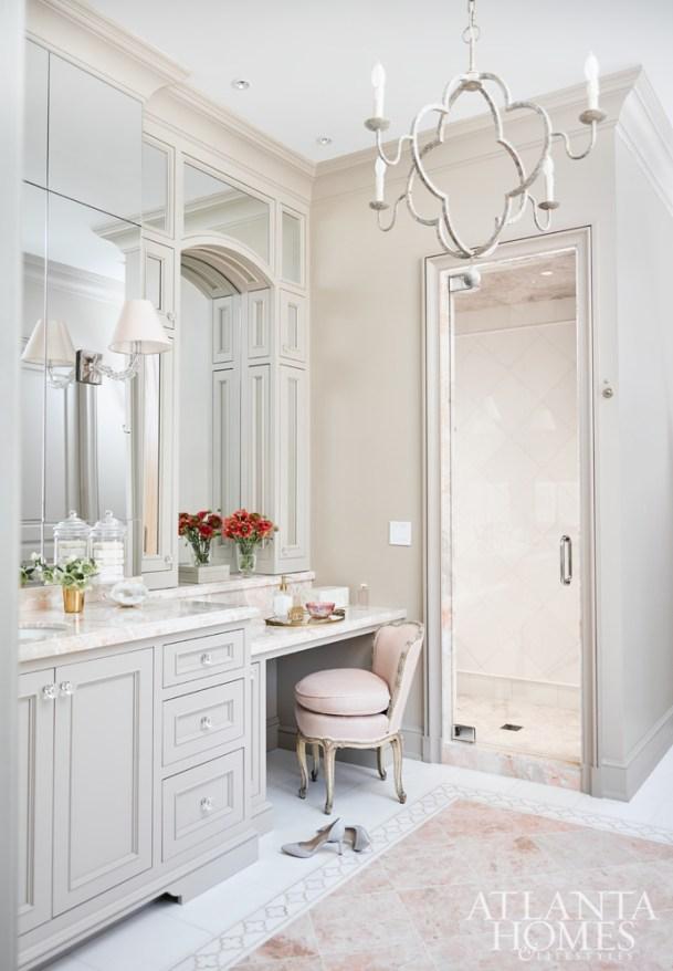 Luxury Walk-in-Shower, Courtney Giles