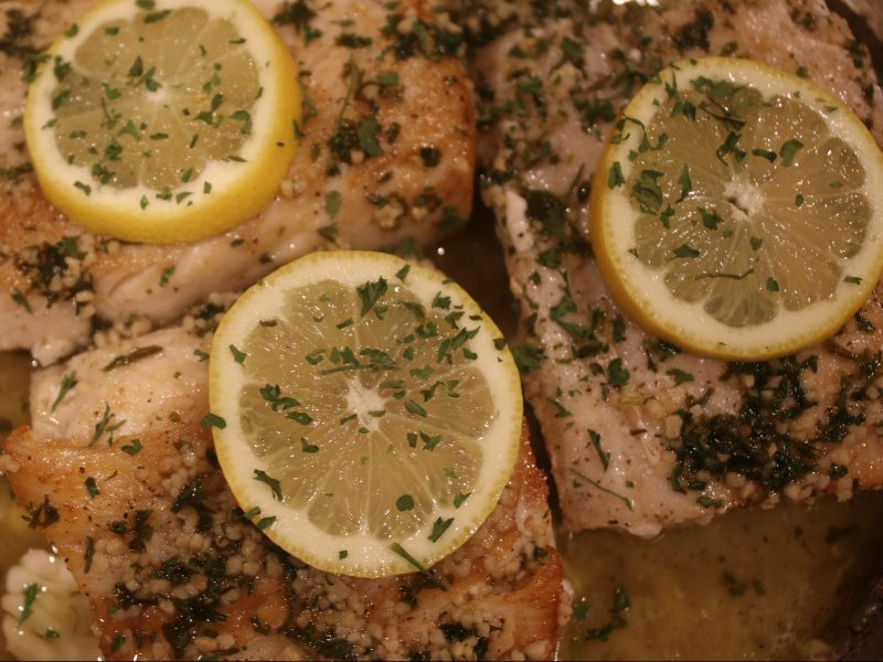 Mahi Mahi with Garlic Lemon Sauce