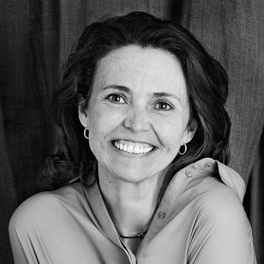 María Pilar Casanova