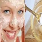 Esto es lo que pasa con su cara despues de lavarla con aceite de coco y bicarbonato de sodio!!!