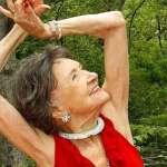 Conoce algunos secretos de la profesora de yoga más vieja delmundo