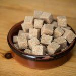 Azúcar moreno – Beneficios, propiedades del azúcar moreno y diferencias con el azúcar blanco