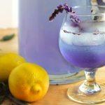Anti-ansiedad natural efectivo: agua de lavanda con limón