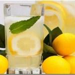 Si tienes uno de estos 13 problemas, bebe agua de limón en vez de píldoras