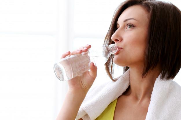 dieta del agua para bajar de peso