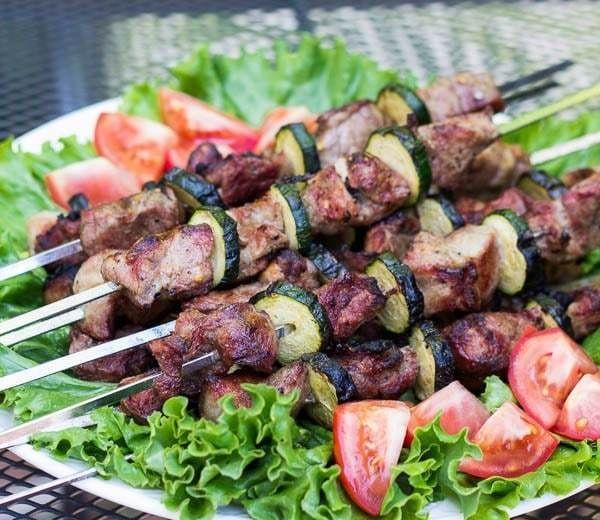 Рецепт вкусного шашлыка из свинины с кабачками, рецепты с фото