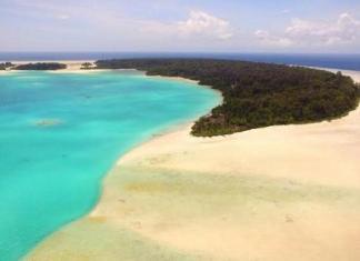 Pesona Keindahan Yang Dimiliki Kepulauan Widi