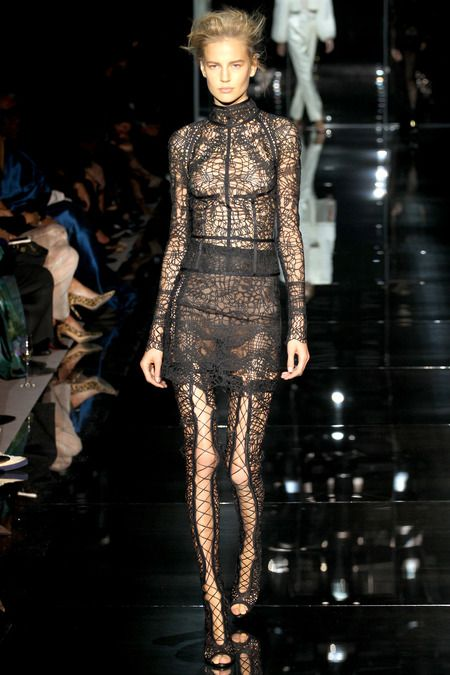 Tom-Ford-Nappa-Leather-Lace-Up-Over-The-Knee-Boots-4