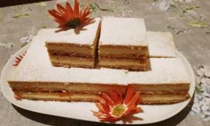 Prăjitură din foi cu cremă de vanilie