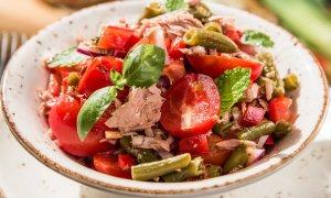 Salată de legume cu ton