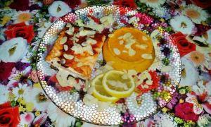 Somon cu cremă de morcovi şi migdale