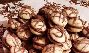 Fursecuri cu cremă de ciocolată