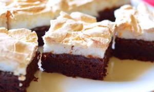 Prăjitură cu cremă de bezea