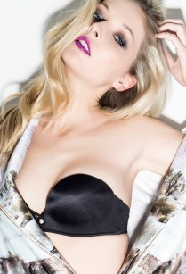 Makeup: Alina Faye Photographed by Guido DiSalle Model: Ashley Smouter (Plutino Models) Stylist: Nagham Cararah