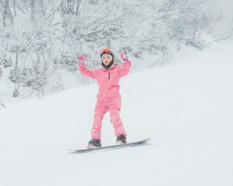 【日本滑雪】214個東京巨蛋大的上越國際滑雪場x日本滑雪中毒者