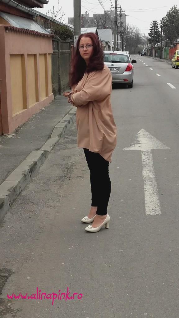 rochie crem
