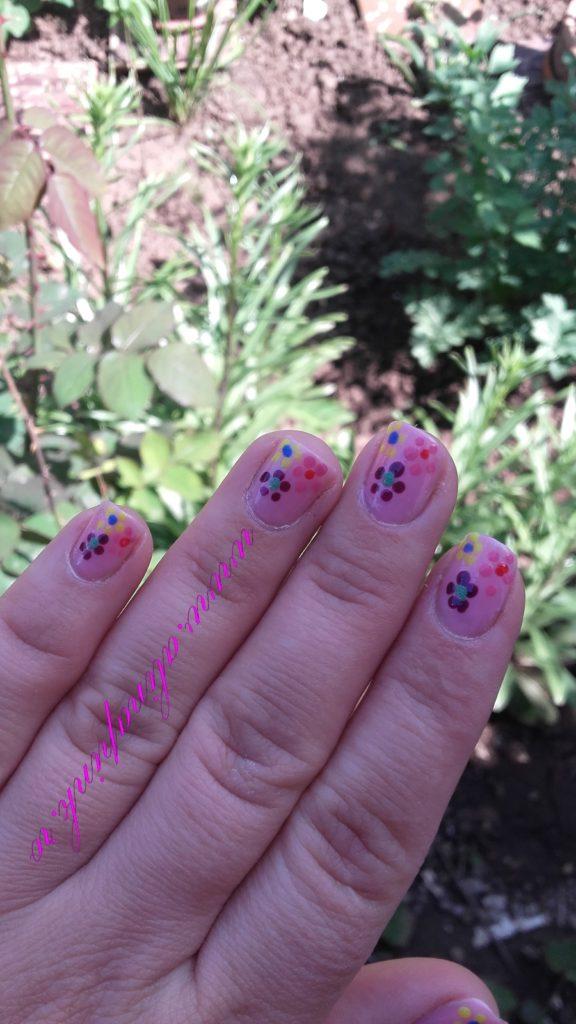 April's Nails Challenge- Flower Power4