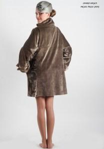 abrigo plata back