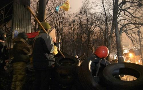 Defender of barricades at Hrushevskogo St.