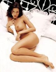 Shannon Elizabeth - Nude Playboy (1) (1)