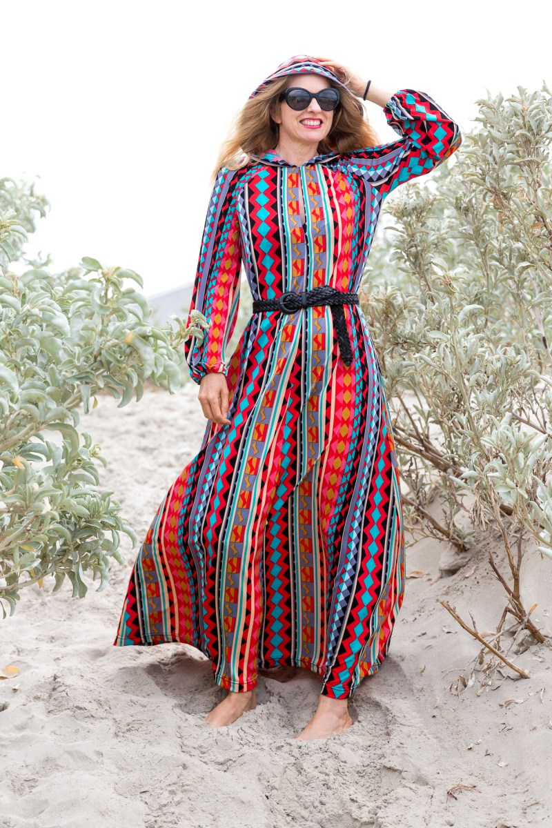1970s-inspired-beach-caftan-alipeat