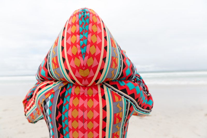 hooded-beach-caftan-ali-peat