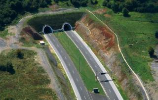 Fruška gora, Novi Sad - Ruma, Auto-pu Novi Sad - Ruma, Tunel, Tunel kroz frušku goru