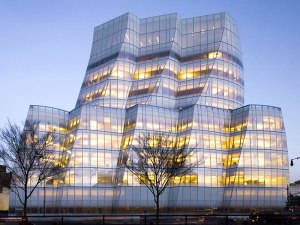 9 THE IAC BUILDING – NEW YORK CITY