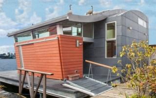 Houseboat-H-by-Lanker-Design-LLC-4-889x625
