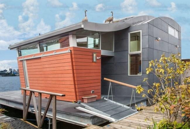Plutajuća kuća koja čisti vodu oko sebe
