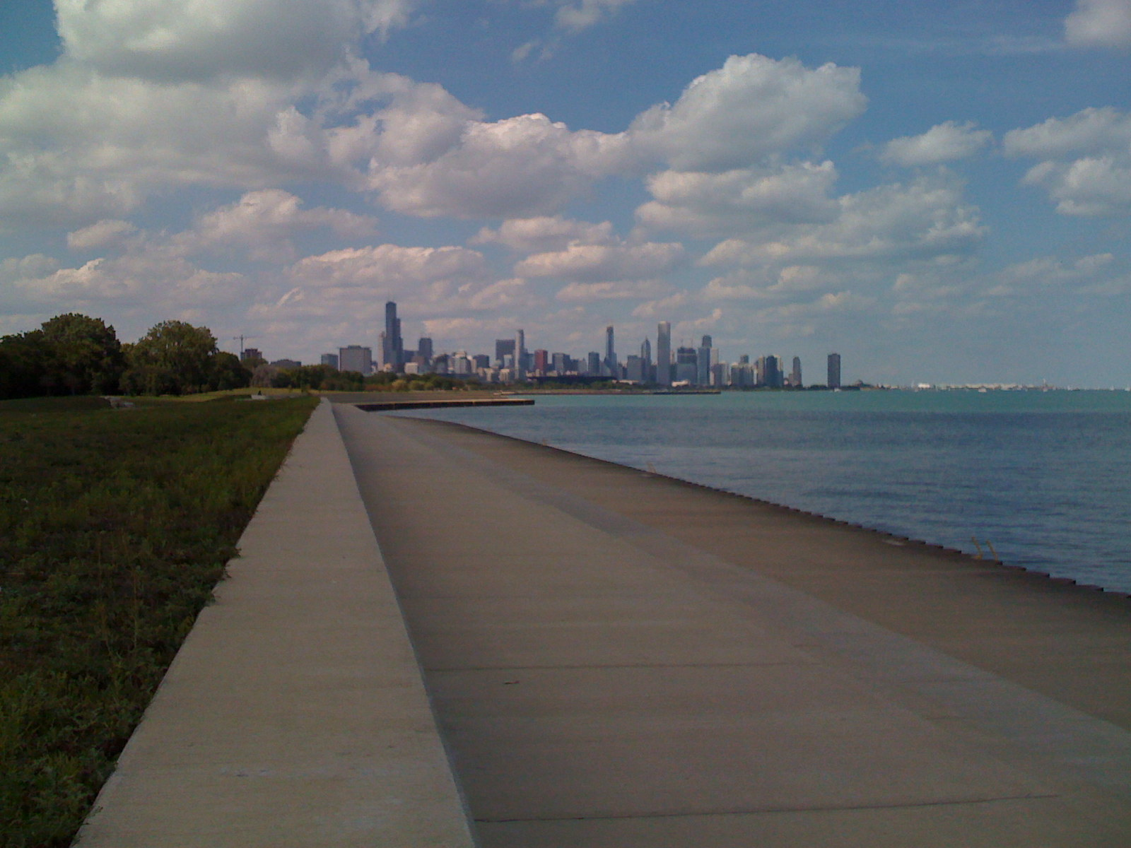 Chicago skyline from 31st beach