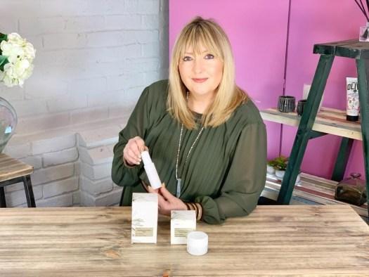 Meno-Reverse™ skincare menopause
