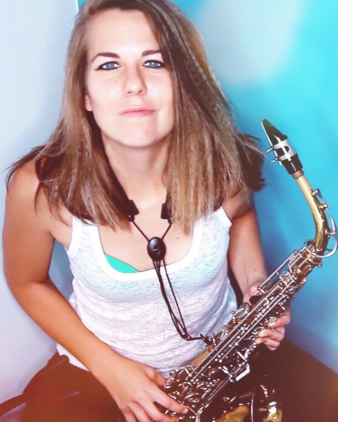 IT'S HERE!!! My big music video featuring freaking SAX. (Link to watch is in my bio!)