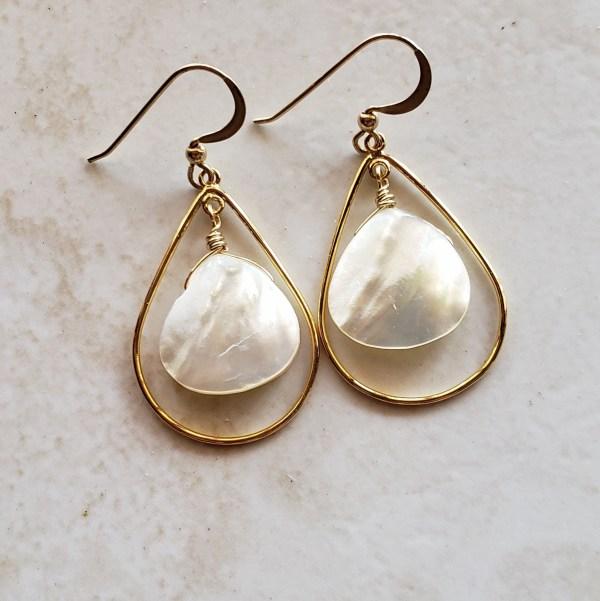 gold teardrop earrings