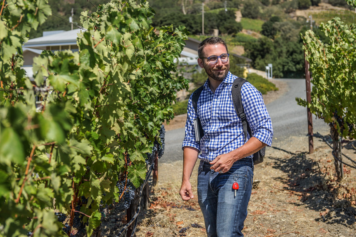 Brian Aitken of Alister & Paine Magazine on a vineyard tour of Shafer