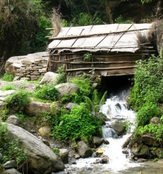 hiking-himalayas-annapurna
