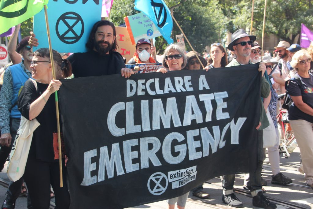 declare a climate emergency sign