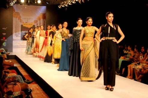 The models displaying the beautiful collection