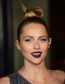 Actress Teresa Palmer poses on arrival for the premiere of the film 'Point Break' in Hollywood, California on December 15, 2015. The film opens in theaters on December 25. AFP PHOTO/ FREDERIC J. BROWN / AFP / FREDERIC J. BROWN (Photo credit should read FREDERIC J. BROWN/AFP/Getty Images)